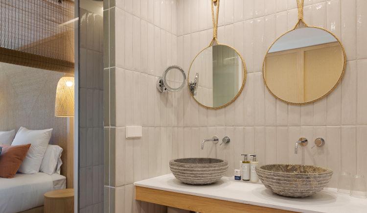 double vue jardin salle de bain