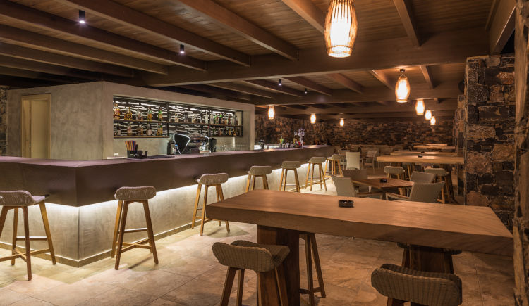 Astral lounge bar