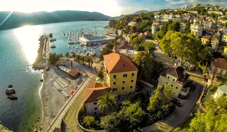 Herceg Novi ville